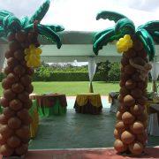 Palm Tree Balloon Decor
