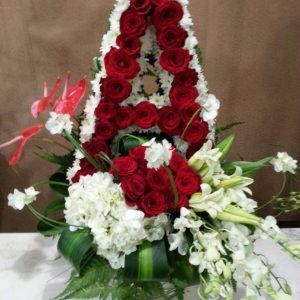 rose delight flower arrangement