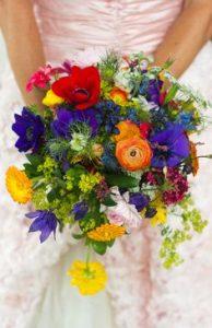 Modern bridal bouquets IN dUBAI SHARJAH
