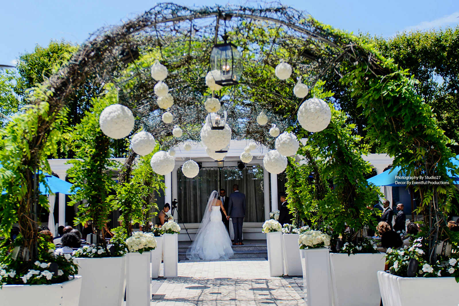 Blossom outdoor wedding arrangement damas flowers for All for wedding decoration
