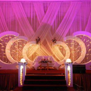 Captivating Wedding Arrangement