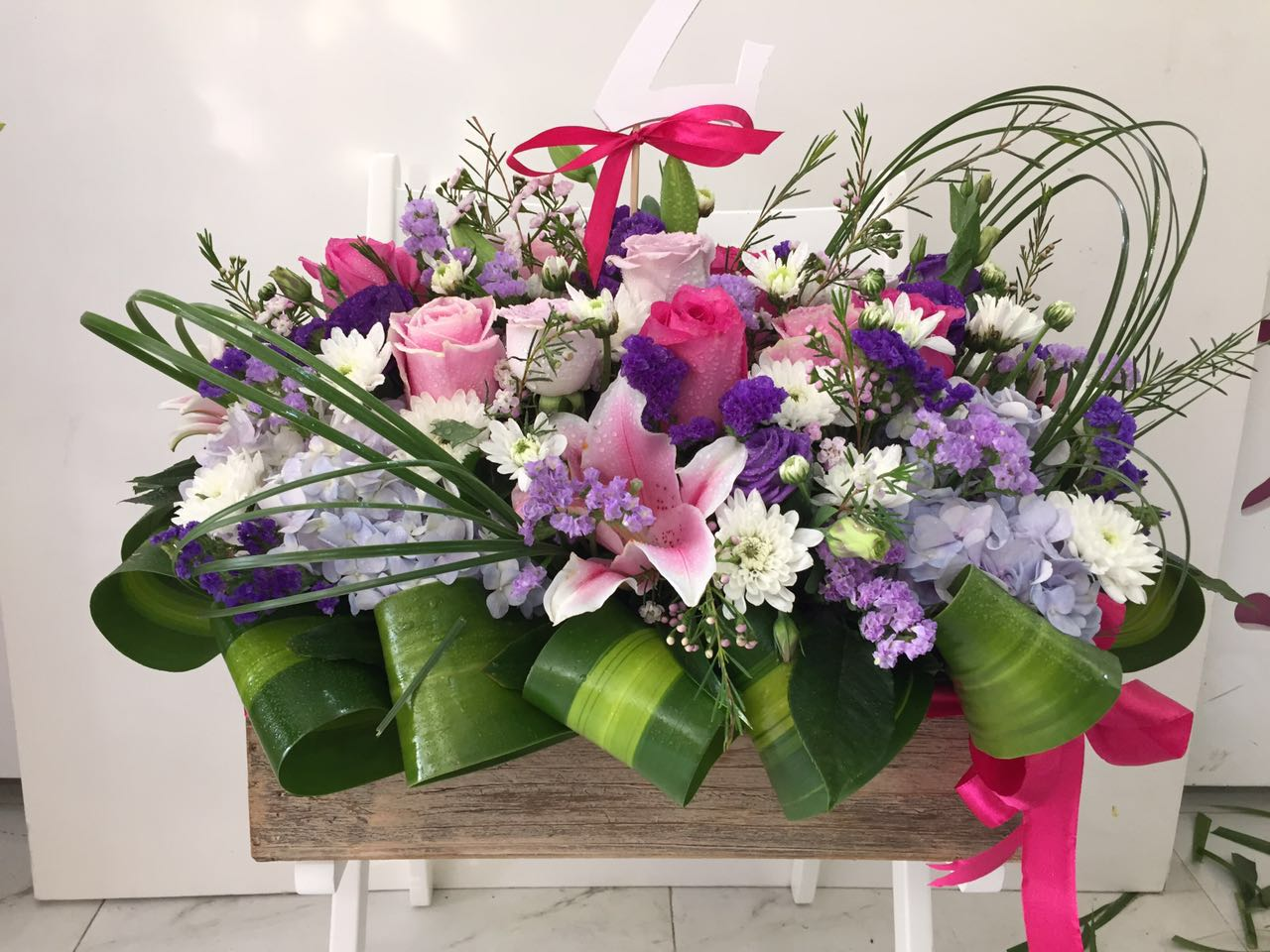 Flowers arrangements for every occasion for spring flower arrangements can have a perfect monochromatic combination colorful amalgamation of different flowers will look great sink with the izmirmasajfo Gallery